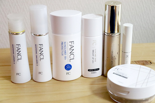 今回使用した化粧品たち。化粧水、乳液、日焼け止め、下地、液体ファンデ、コンシーラー、おしろい